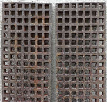 2016-27-09-cast-iron-floor-grilles-b-450