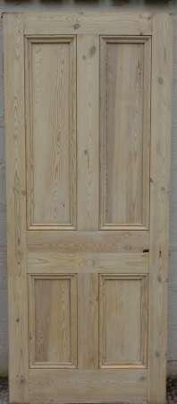 2016-18-04 Victorian 4 panel pine door 7A-450