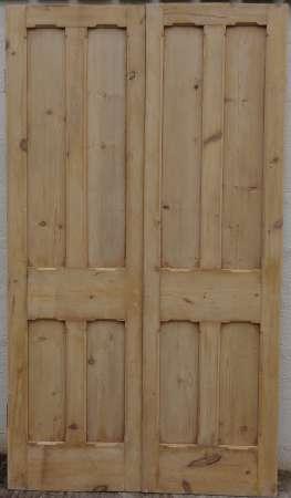 2016-29-04 Victorian pine double doors A-450