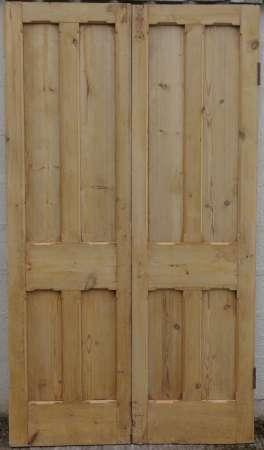 2016-29-04 Victorian pine double doors B-450