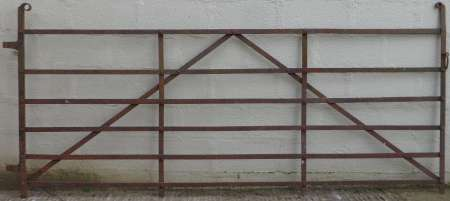 2017-05-04 Antique wrought iron field gate A-450