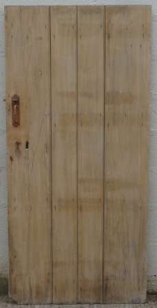 2017-27-03 Wide plank ledged pine door 1A-450